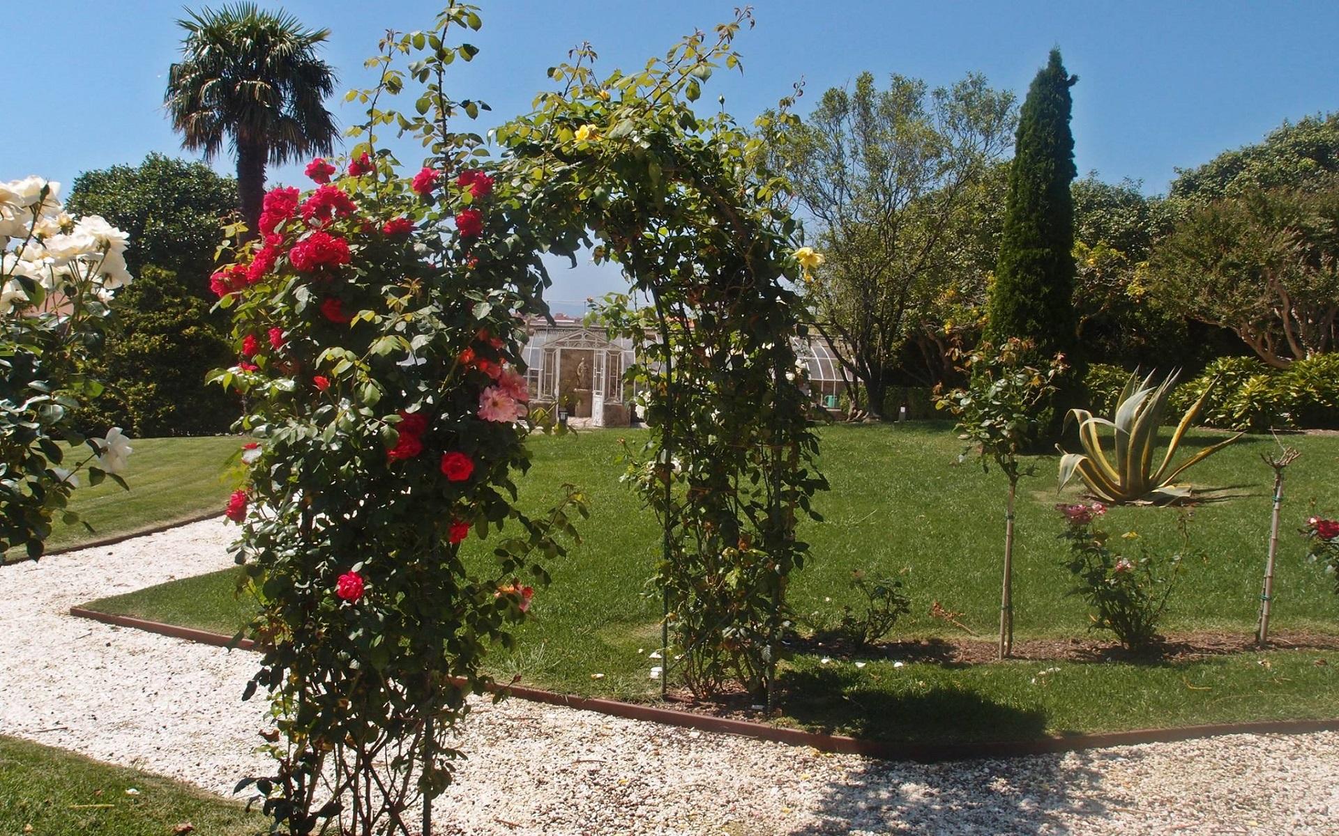 pazo golpelleira jardines entorno c